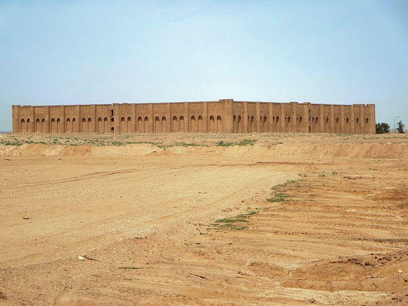 تصاویری از قلعه تاریخی «الاخیضر» در جنوب استان کربلا