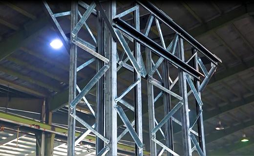 دستیابی به فناوری تولید سازه های فوق سبک فولادی/ثمره پیوند صنعت و دانشگاه در اصفهان