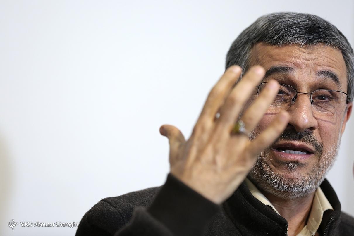 یک بچه دبیرستانی هم می دانست که نباید برجام را امضا کند/ شخص حسن روحانی پذیرفت که سانتریفیوژ آلوده وارد کرده است/ در این کشور هر اتفاقی افتاد انداختند گردن من, فقط مانده حمله مغول/ بوش پسر می خواست به ایران حمله کند؛ من با او مذاکره کردم