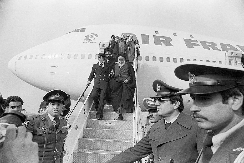 سید علی خامنهای، یکی از پرچمداران برجسته انقلاب