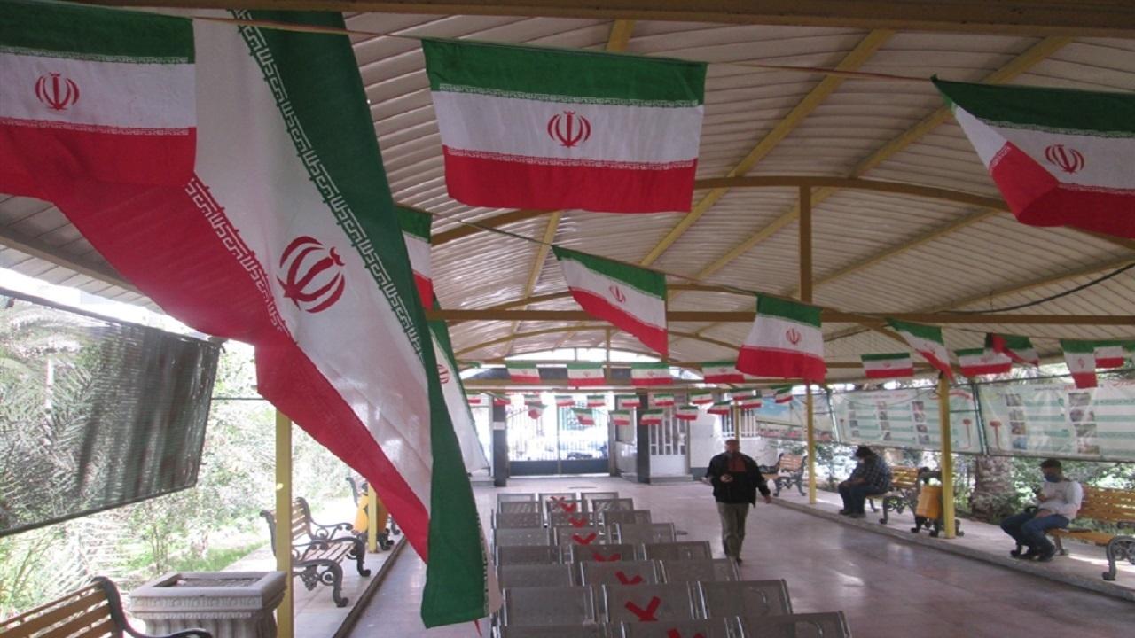 آذین بندی شهر اهواز برای دهه مبارک فجر