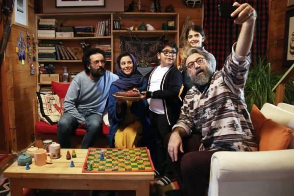 نمایش دو فیلم در روز اول برگزاری جشنواره فجر در برج میلاد/ فردوسیپور مهمان «بی همه چیز» شد
