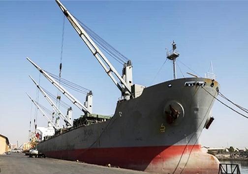 پهلوگیری کشتی ۴۰ هزار تنی برای نخستین بار در بندر شهید باهنر