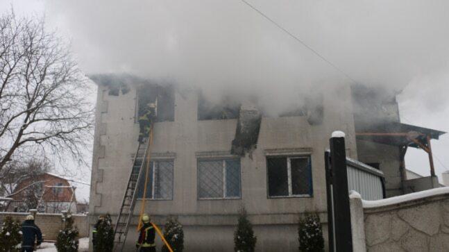 آتشسوزی در یک خانه سالمندان در اوکراین با 15 کشته+ فیلم و تصاویر