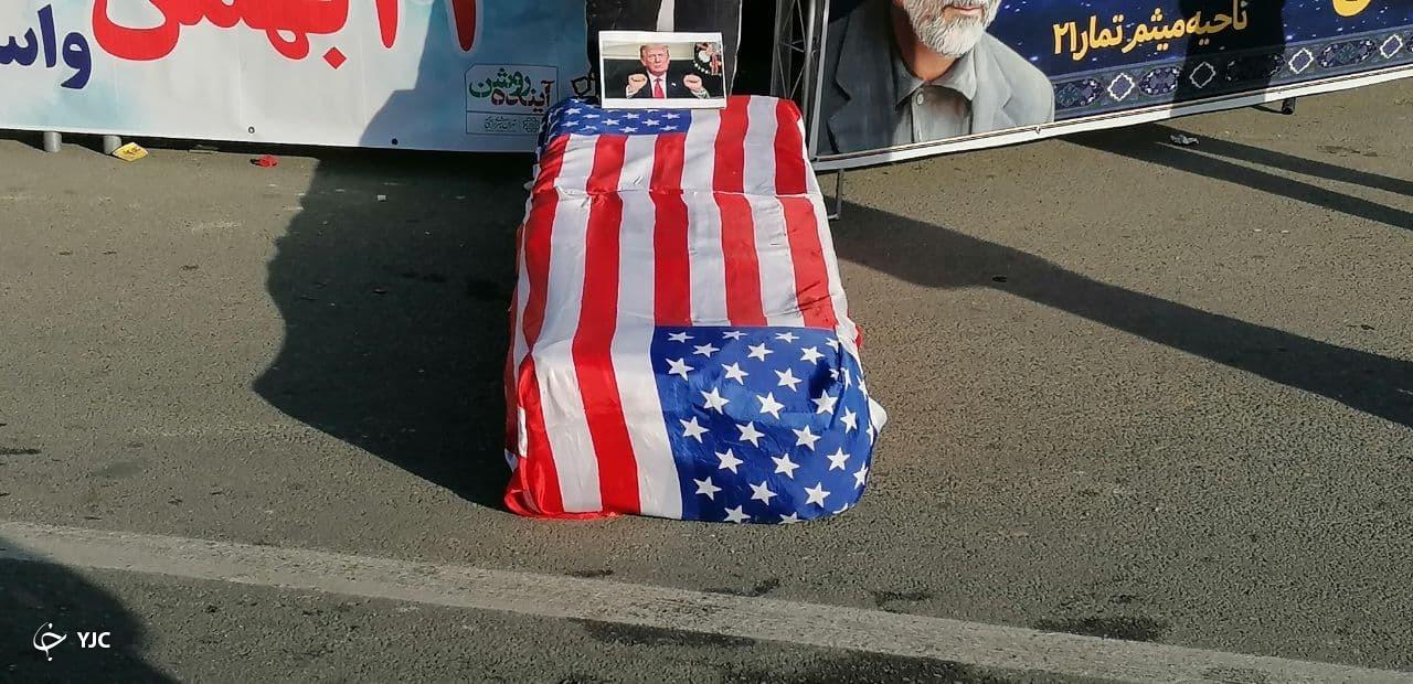از تشییع نمادین آمریکا تا پدافندِ موشکیِ میدان آزادی