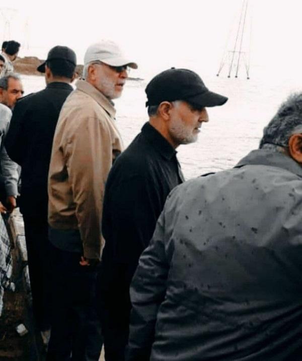 تصویر کمتر دیده شده از شهید حاج قاسم سلیمانی و شهید ابومهدی المهندس