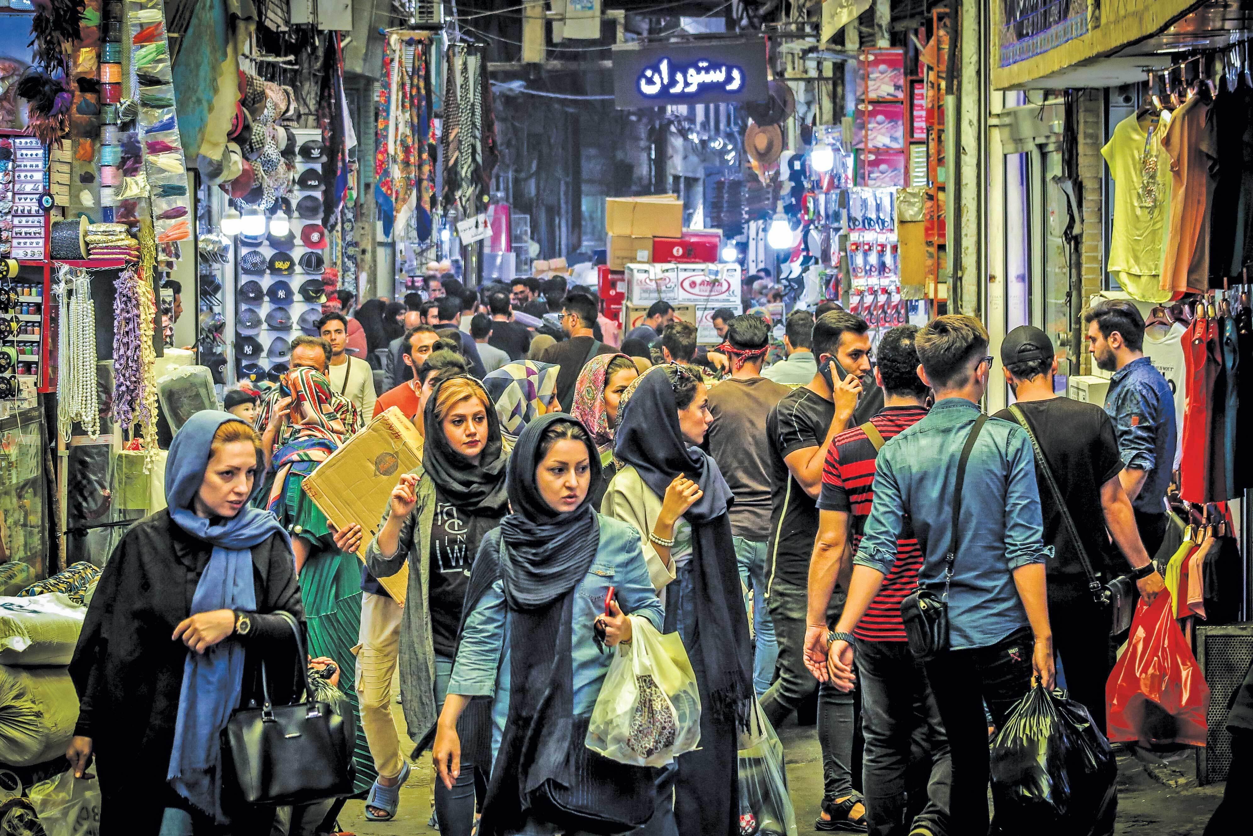 خرید شب عید یا پیشواز موج چهارم کرونا