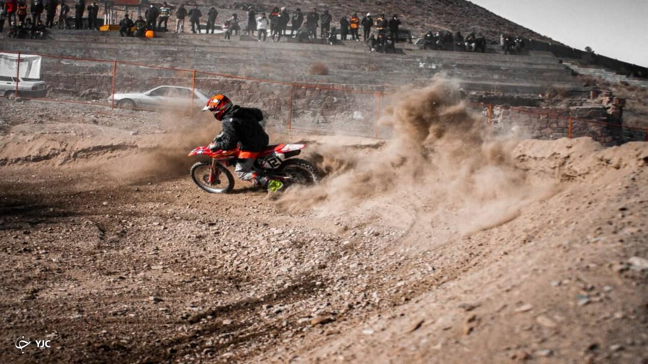 برگزای رقابت استانی موتور کراس در مشهد+ تصاویر