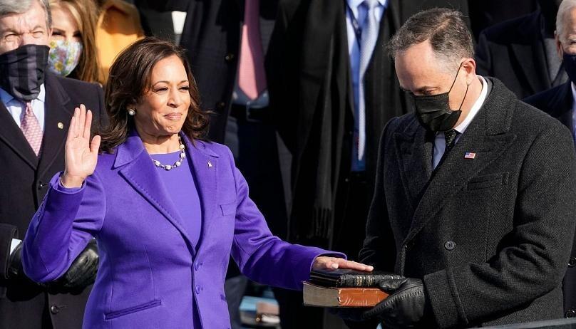 چرا زنان سیاستمدار طیف رنگ بنفش را در مراسم تحلیف جو بایدن انتخاب کردند؟