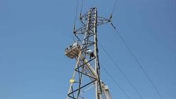 برق رسانی به روستای تنگ هونی شهرستان کوهرنگ