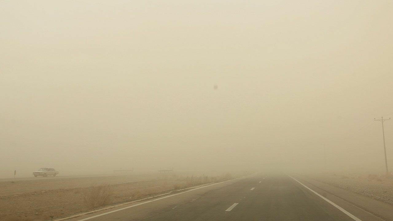 ادامه دار بودن طوفان شن در جنوب کرمان