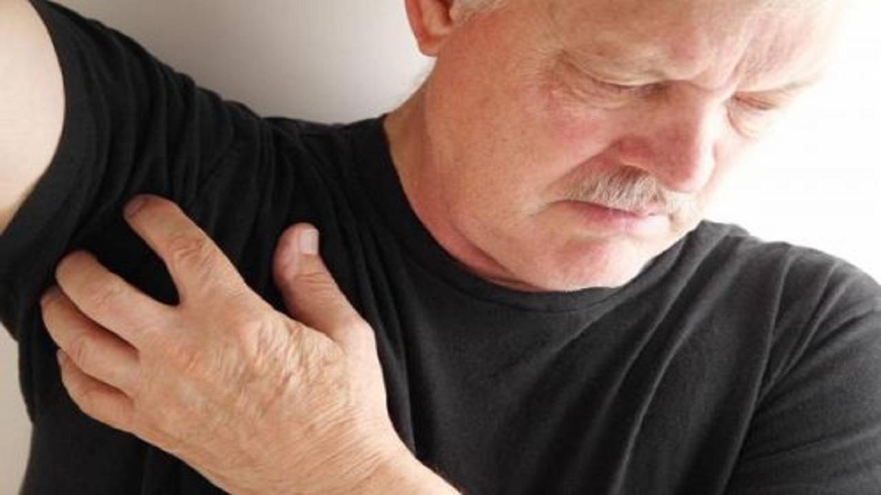 درد زیر بغل