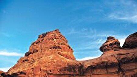 کشف کتیبهای ۱۰ هزار ساله در حائل عربستان + عکس