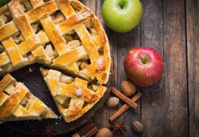 طرز تهیه پای سیب مجلسی بدون فر به روش قنادی و خوشمزه