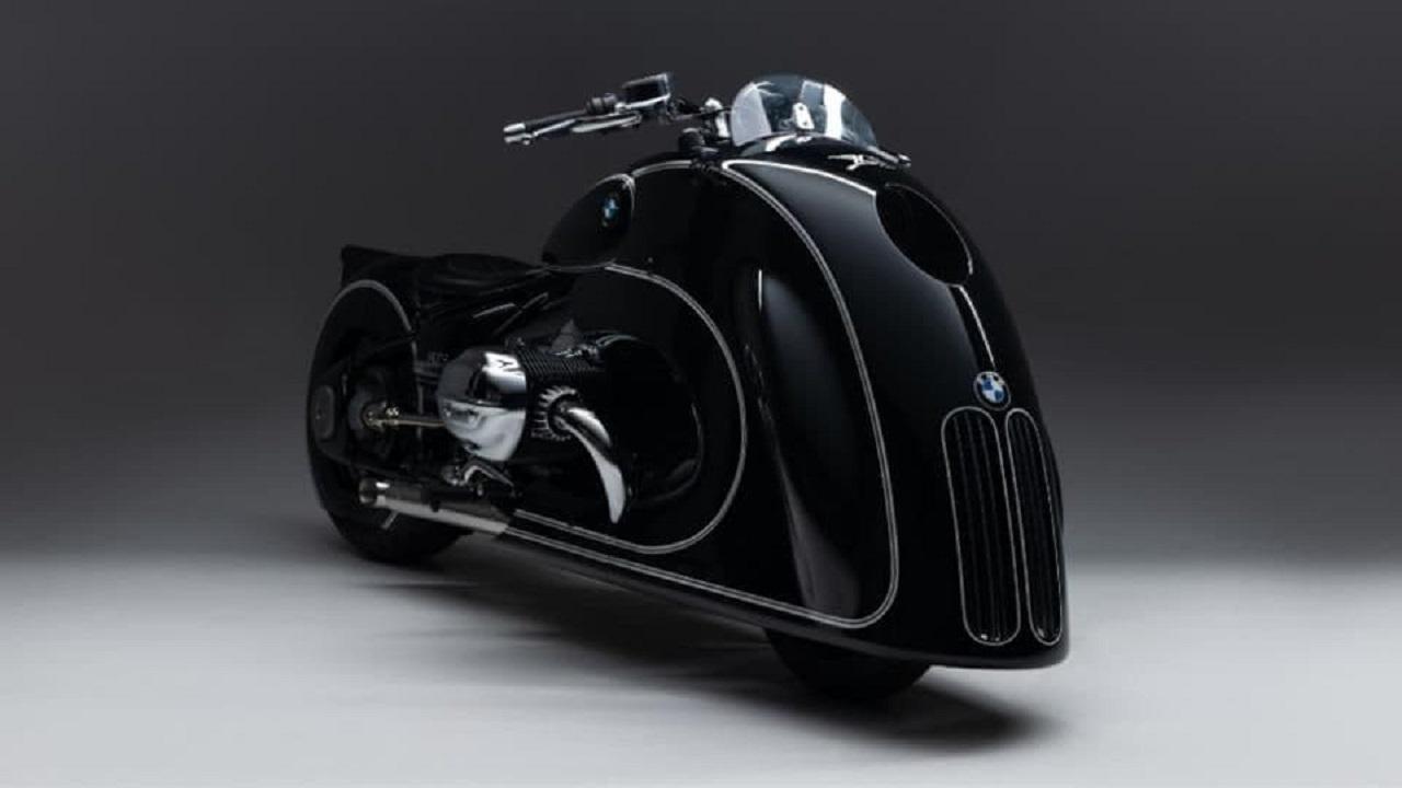 ساخت نسخهای خاص از موتورسیکلت بامو R18