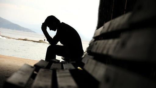 ۷ نکته برای درک تفاوت بین ناراحتی موقتی و افسردگی