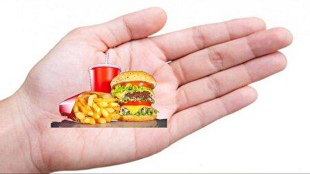 رازی که انگشتان شما از عادات غذاییتان برملا میکنند! + عکس