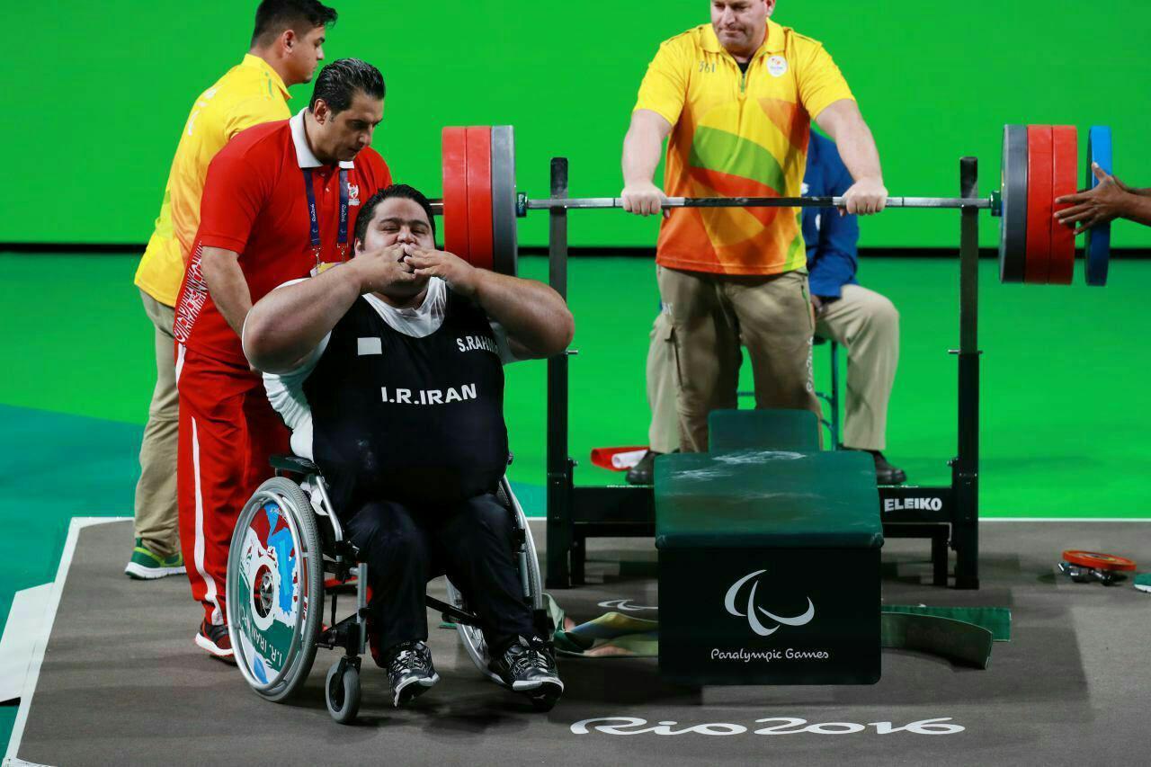 خندههایی که دیگر در پارالمپیک توکیو دیده نخواهد شد/ نبود قهرمان پارا وزنهبرداری این و جهان یکساله شد