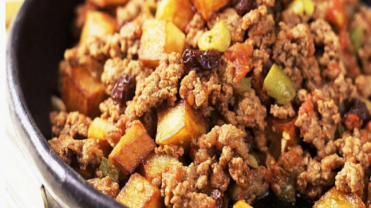 آموزش آشپزی؛ از رمز و رازهای خوشمزه و قرمز شدن ماکارونی با سویا و کباب عربی با گوشت و بادمجان تا دسر جذاب رز چیز کیک + تصاویر