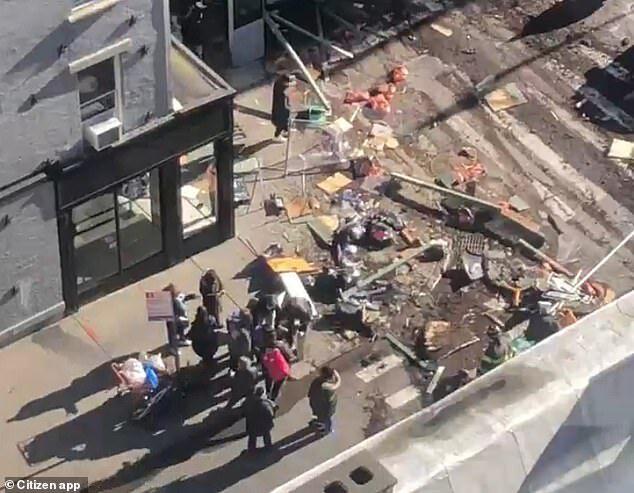 ۶ مجروح در تصادف یک خودرو در نیویورک  03