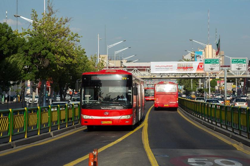 حمل و نقل عمومی؛ گره کور بازنشدنی/ رشته کمبود وسایل حمل و نقل عمومی سر دراز دارد!