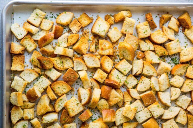 طرز تهیه سالاد گاردن با سس مخصوص + طرز تهیه نان کروتان