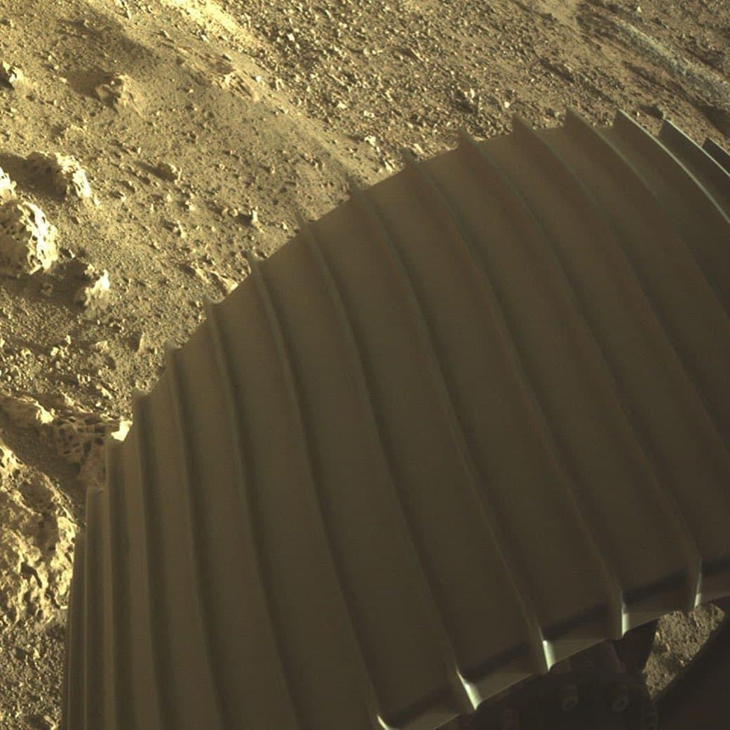 اولین تصاویر ثبت شده از مریخ