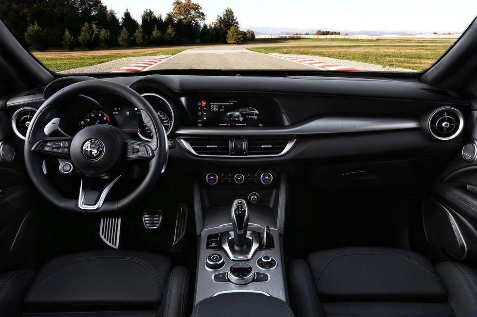 ماشین جدید آلفارومئو 2021 رسما رونمایی شد