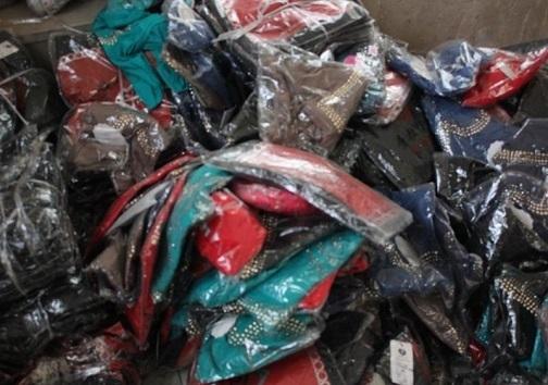 دستگیری ۹۵ معتاد و خرده فروش مواد مخدر در برخوار / اتوبوسی با محموله پوشاک قاچاق در گلپایگان