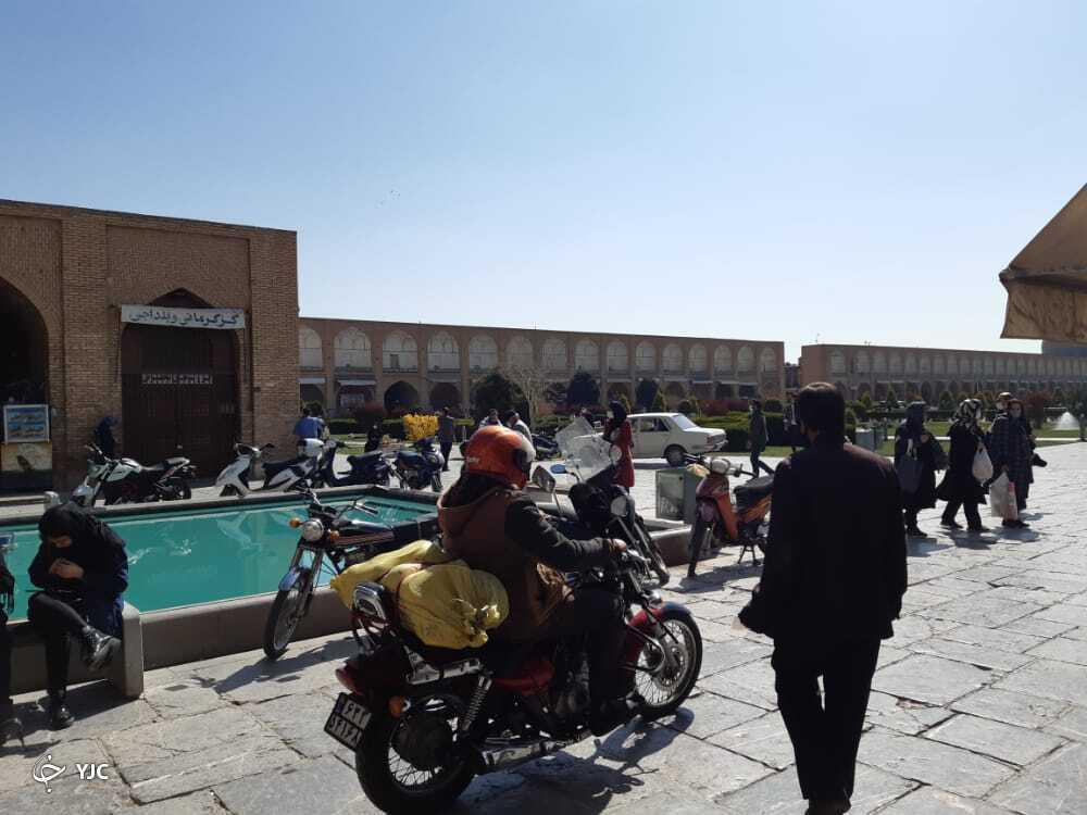 تصرف میدان نقش جهان توسط موتورسیکلتها + تصاویر