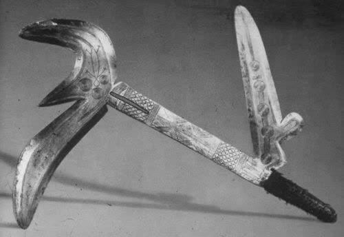 10 سلاح عجیب باستانی که دمار از روزگار بشریت در آورد