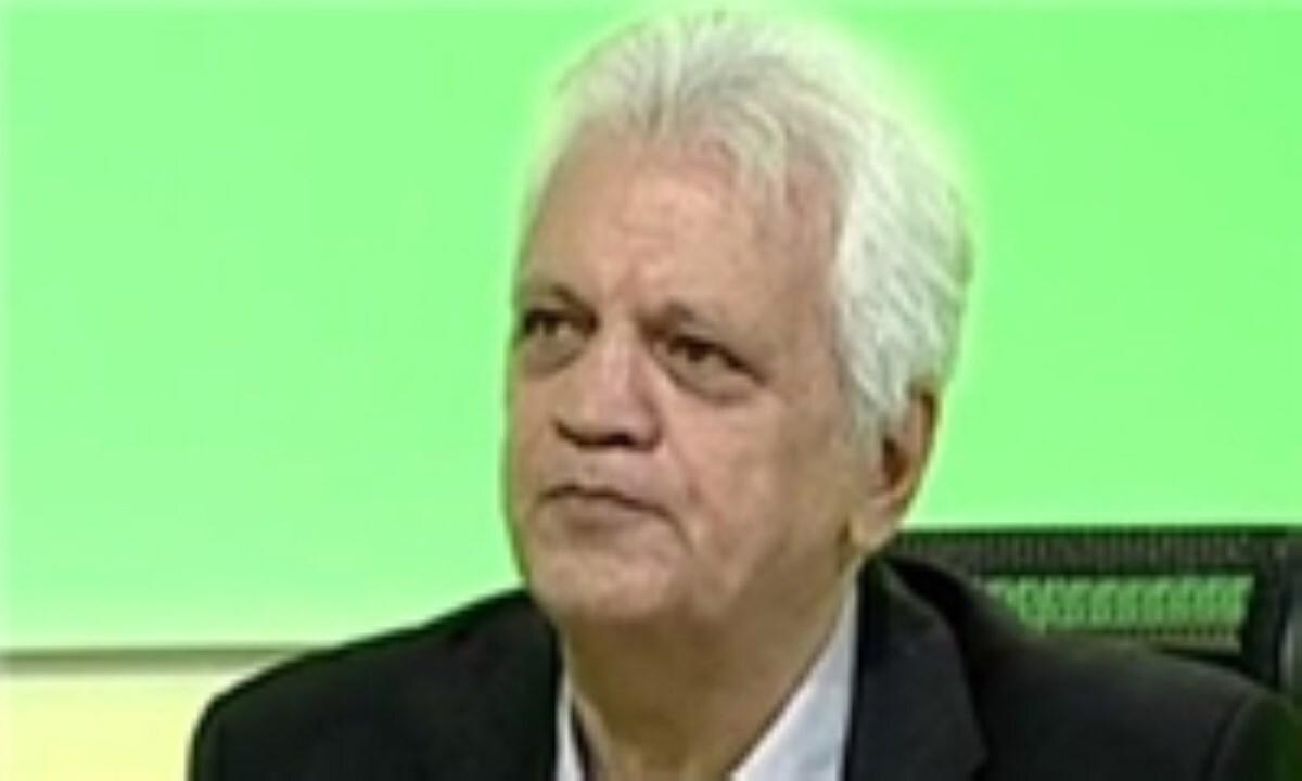 حاج رضایی: پرسپولیس به باور قهرمانی رسیده است/ تیمهای مس رفسنجان و آلومینیوم جرقههای فوتبال را روشن کردند