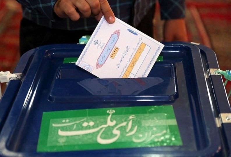 نقش احزاب در به میدان آوردن مردم برای شرکت در انتخابات چیست؟