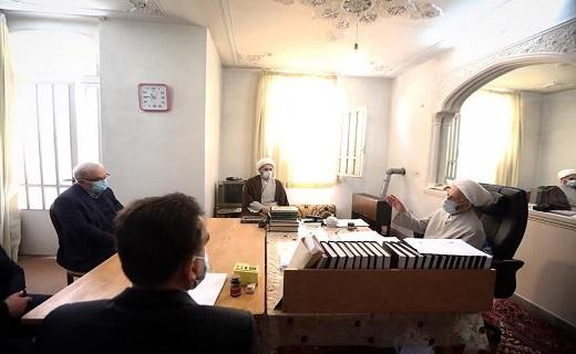 وزیر بهداشت با مراجع تقلید دیدار کرد