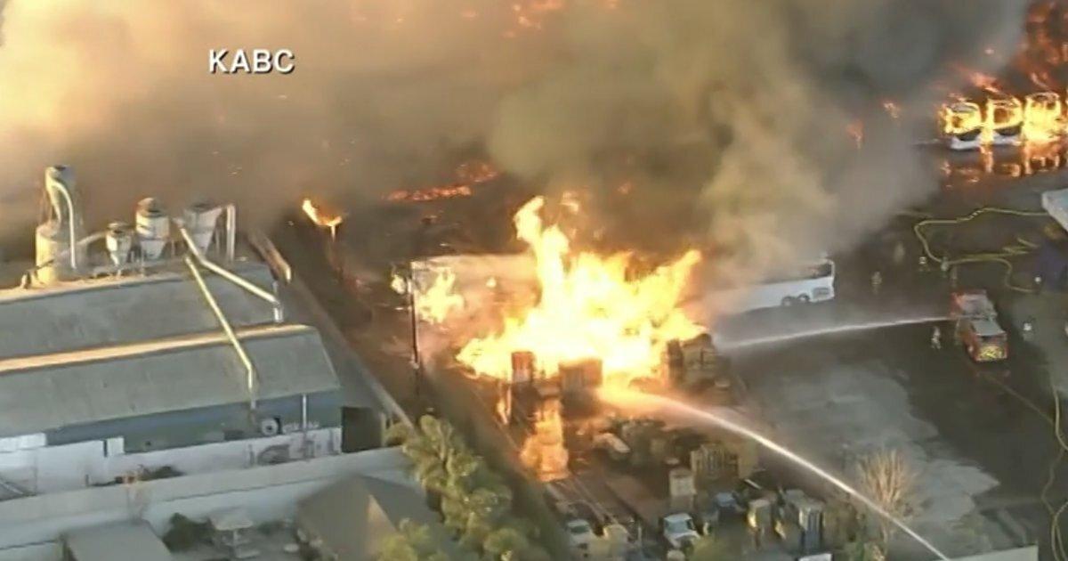 آتشسوزی گسترده در کالیفرنیای آمریکا 01
