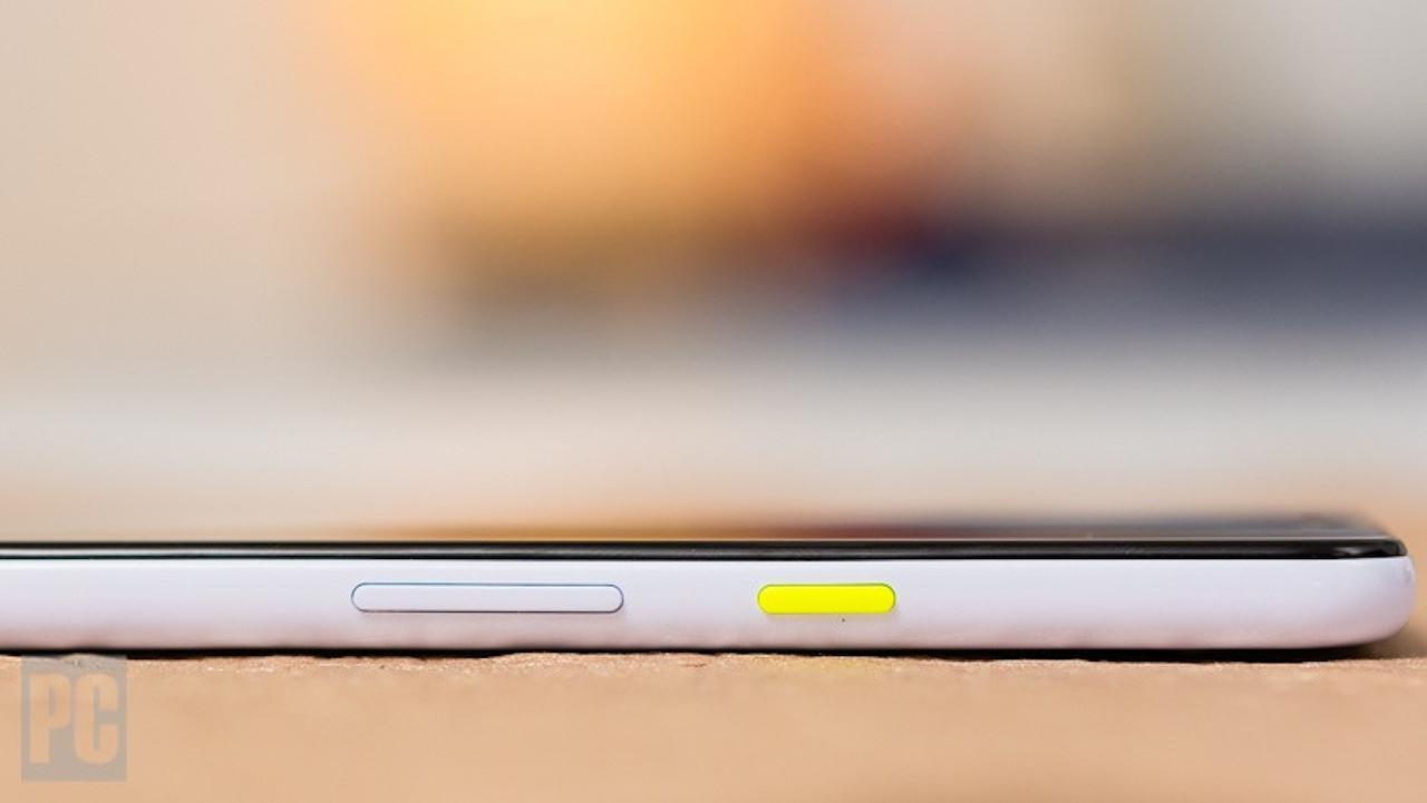 صفحه تلفن همراهم روشن نمیشود، چه کار کنم؟