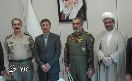 فرمانده هوانیروز ارتش با رئیس بنیاد مستضعفان دیدار کرد