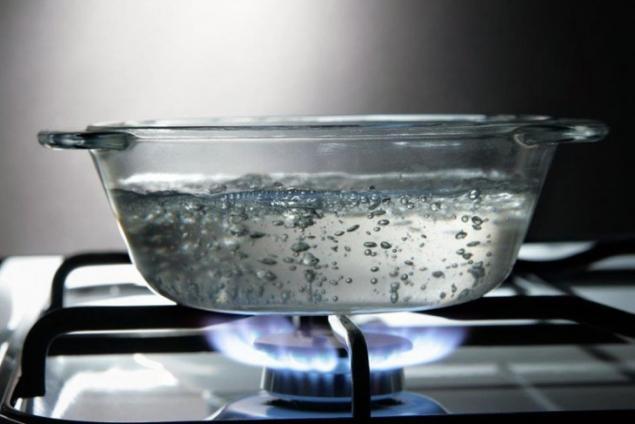 مضرات جوشاندن آب بیش از یک بار