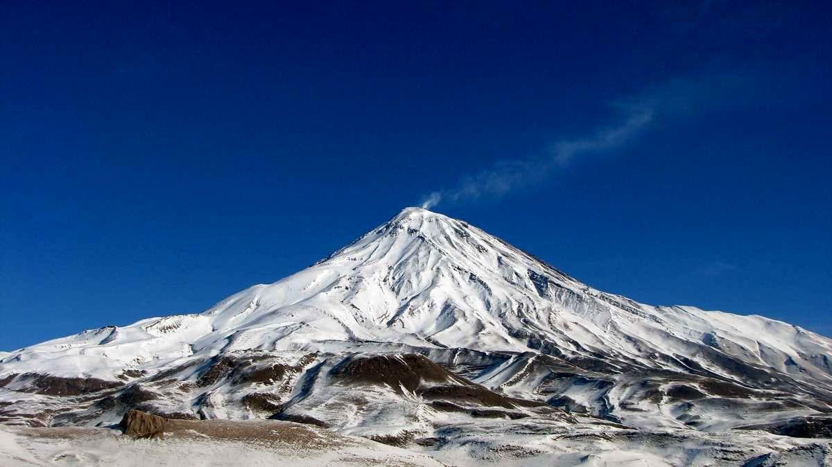 آیا زلزله تهران به آتشفشان دماوند مربوط است؟