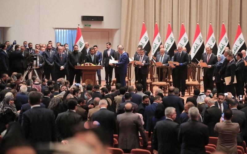 //اخراج نظامیان تروریست آمریکایی، مهمترین پرونده روی میز آقای نخستوزیر