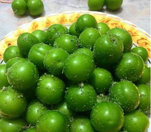 طرز تهیه ترشی گوجه سبز خوشمزه