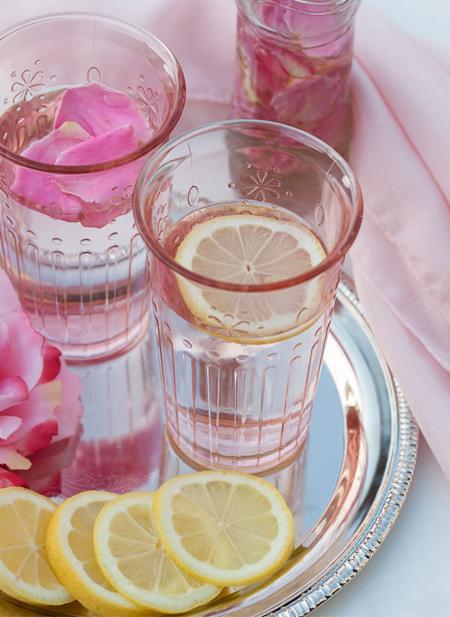 طرزتهیه شربت گل محمدی