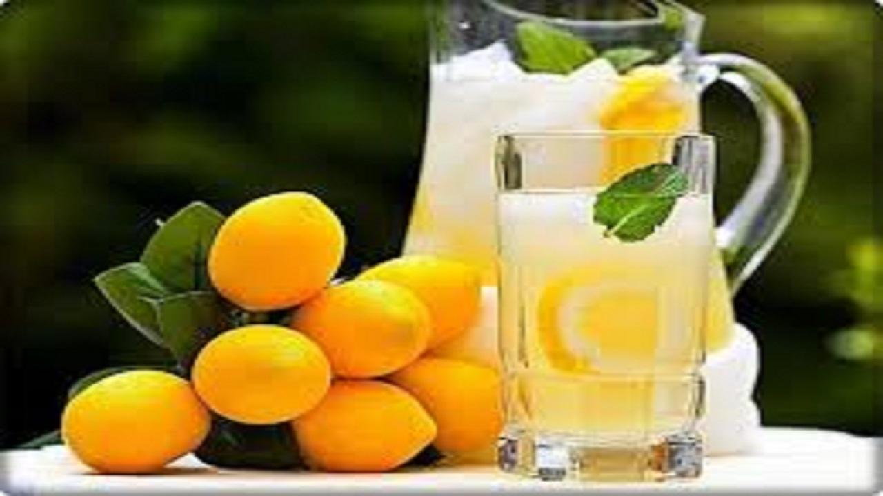 سحری شربت عسل و لیمو ترش تازهبنوشید تا تشنه نشوید