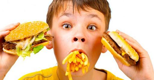 مصرف خوراکی خوشمزه که برای رفع یبوست در روزه داران معجزه میکند