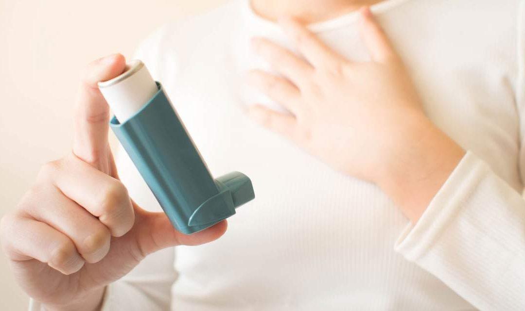 افراد مبتلا به آسم کمتر در معرض ابتلا به کرونا هستند؟ / شباهت علائم آسم با کرونا، افراد را دچار اشتباه میکند/ توصیههای کرونایی برای افراد مبتلا به آسم