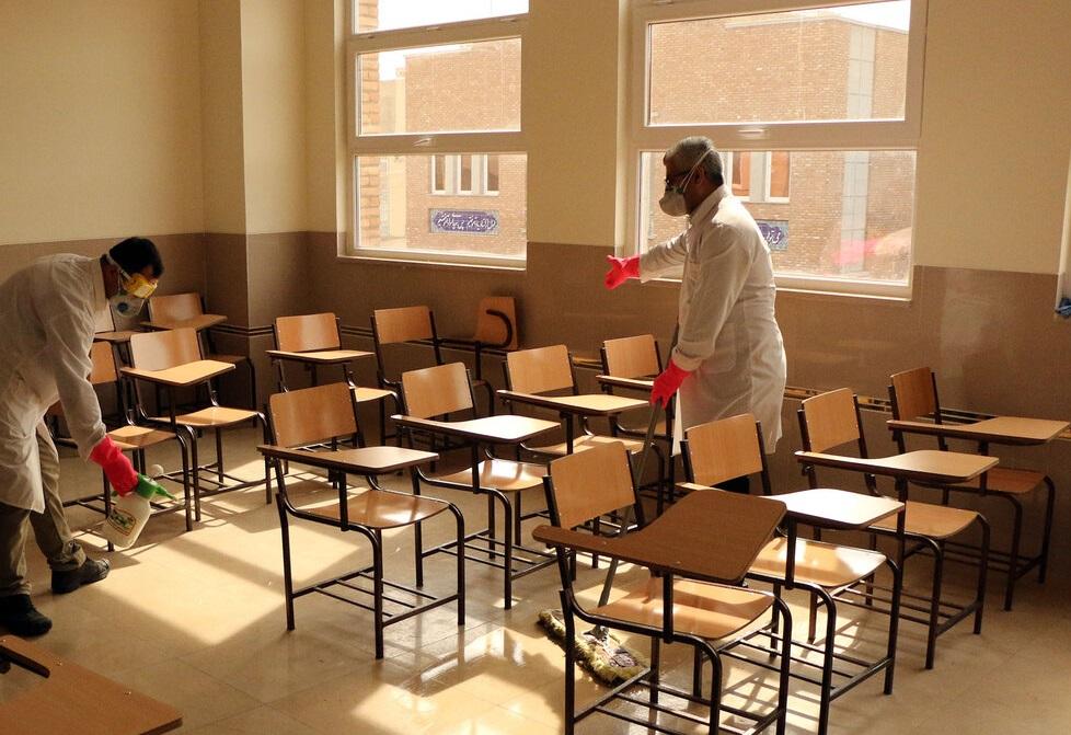 بازگشایی کلاسهای درس در سایه ترس/ ضوابط بهداشتی مقابله با کرونا روی کاغذ میماند؟