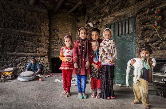 روستایی که ۶ ماه در حصار برف است