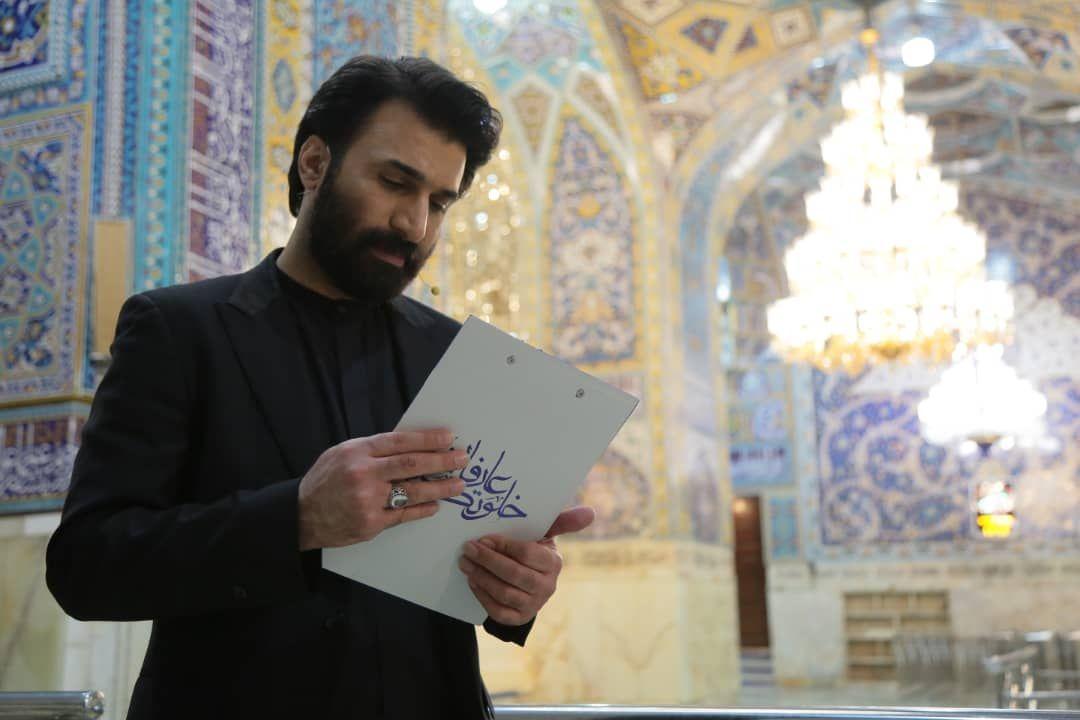 سحرگاهی متفاوت در کنار ضریح امام رضا(ع)/ لوکیشن برنامهای که حال مردم را خوب می کند