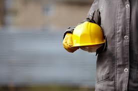 کارگران درایران از دستمزدشان راضی هستند؟ / از سنگینی حق بیمه تا تعیین حقوق جنجالی کارگران
