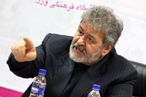 عابدینی: تاج از اعمال نفوذ در مدیریت فوتبال دست بردارد / پرسپولیس روی کاغذ و چمن سبز قهرمان است